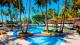 Jatiúca Resort - Para curtir em família, o resort dispõe de duas piscinas com áreas tanto para as crianças quanto para os adultos.