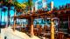 Oceani Beach Park Hotel - Os drinks e petiscos ficam ao dispor no Bar do Mar, em frente à praia...