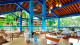 Salinas Maragogi Resort - E o Espaço Canoas é um café bar especializado em comidas leves e sobremesas. Uma delícia!