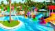 Salinas Maragogi Resort - As crianças curtem muito! Além das piscinas, tem o Clubinho do Siri, com atividades para pequenos de 4 a 12 anos.