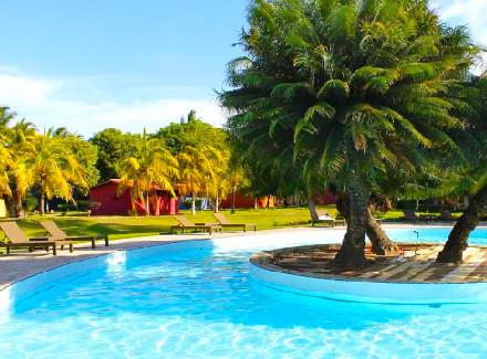 São Miguel dos Milagres, AL: Beach Hotel à beira de mar cristalino | Café da Manhã | Brasil do Zarpo, Praia, Viajar a Dois, Escapada, Hotel de Charme, Hotéis Abertos
