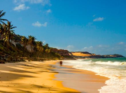 Praia da Pipa, RN: Hotel sobre as falésias com charmosos bangalôs | Café da Manhã | Natal e Pipa, Praia, Escapada, Viajar a Dois, Hotel de Charme, Hotéis Abertos