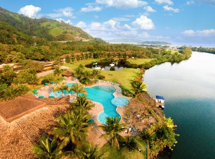 Angra dos Reis, RJ: Eco Resort com 3 km de praia e 3 opções de pensão   Café da Manhã, Meia Pensão, Pensão Completa   Angra dos Reis, Viajando com Pimpolhos, Praia, Resort, Escapada