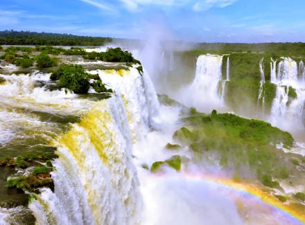 Foz do Iguaçu, PR: Resort ideal para famílias, com complexo aquático | Café da Manhã, Meia Pensão | Foz do Iguaçu, Resort, Viajar com Crianças, Termas e Spa, Ecoturismo, Aéreo É Mais, Águas Termais, Novas Ofertas
