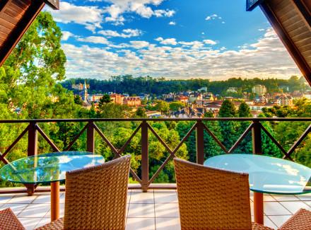Gramado, RS: Luxuoso Resort 5* a 400 m da Rua Coberta   Café da Manhã, Meia Pensão   Gramado, Serra, Viajar a Dois, Resort, Viajar com Crianças, Escapada, Hotel de Luxo, Fim de Semana Fantástico, B5D Prévia