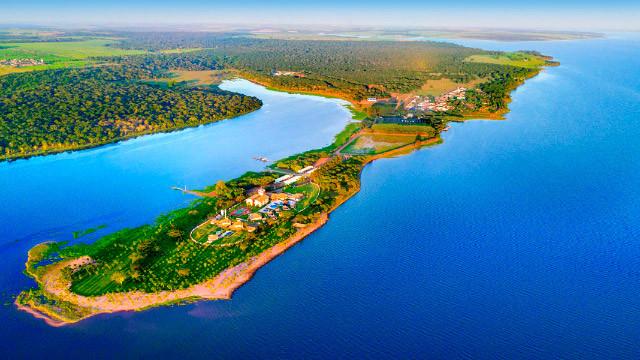 Resort da Ilha - Embarque em uma jornada fora do comum. Mergulhe nas águas do Rio Tietê e surpreenda-se com o Resort da Ilha!