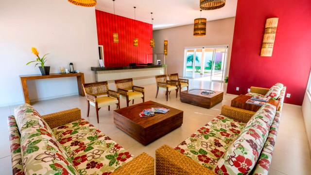 Resort da Ilha - O resort conta ainda com facilidades como recepção 24h, room service e copa do bebê equipada.