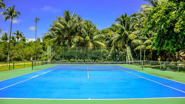 Villa dos Corais Pousada - Quadra de tênis! Ambas são iluminadas e estão abertas 24h.